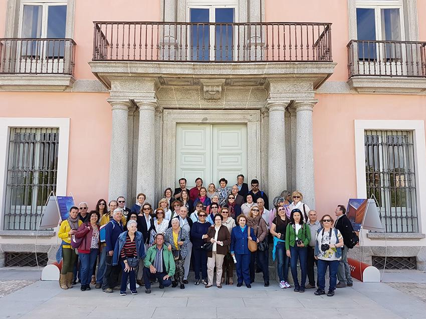 Foto de Grupo en el Palacio de Boadilla del Monte