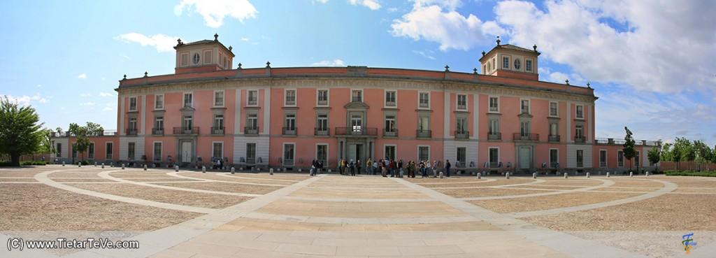 Exterior del Palacio de Boadilla del Monte