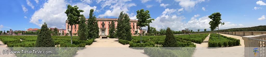 Panorámica exterior trasera del Palacio de Boadilla del Monte